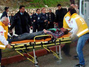 Kaza yerinde oğlunun cesedini gördü!