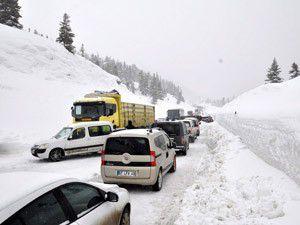 Konya-Antalya karayolu trafiğe açıldı
