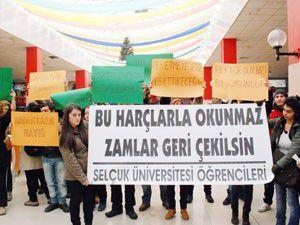 SÜ öğrencilerinden harç protestosu