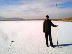 Ladik gölü buz tuttu