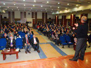 Huzur şehrinde sevgi konferansları devam ediyor