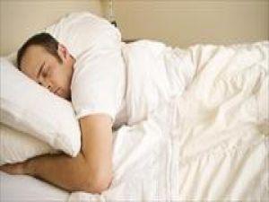Sekiz saat uyku doğal değil