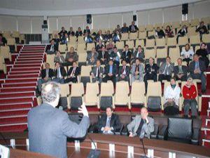 Karatay personeline eğitim semineri