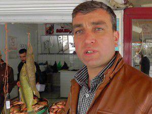 Beyşehirde sazan balıkları canlı satışa sunuldu