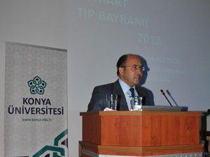 Konya Üniversitesi tıp bayramı paneli düzenledi
