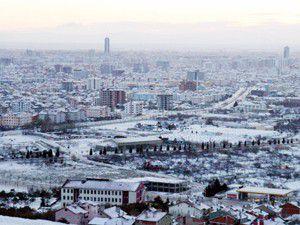 Konya güne karla uyandı