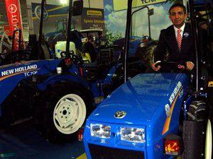 Tamamı yerli traktörler Konyada tanıtıldı