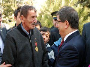 Konya Şehitliğinde askeri tören