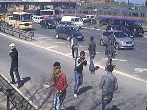BDP yandaşları Yeni Şafaka saldırdı