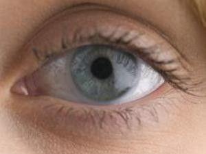 Bazı hastalıklar gözlerde belirebiliyor