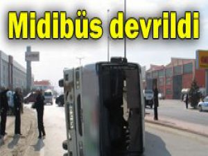 Konyada trafik kazası:12 yaralı