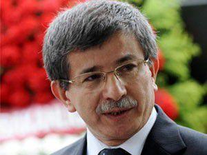 Davutoğlu kayıp gazetecilerin aileleriyle görüştü