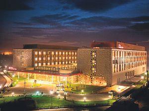 Hilton Garden Dünya Saati 2012yi Kutluyor