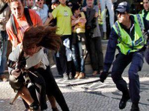 Portekizde göstericilere dayak