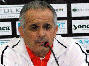Konyaspor ilk 2ye girmek için mücade ediyor