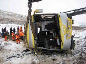 Erzurumda otobüs devrildi: 4 kişi öldü