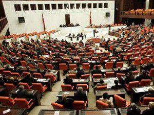 4+4+4 Mecliste kabul edilerek yasalaştı