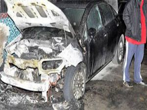 İstanbulda 22 araç kundaklandı