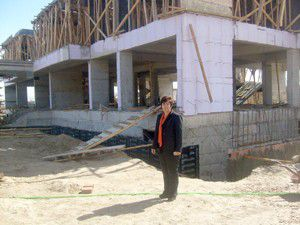 Adsızdaki okul inşaatı hızla yükseliyor
