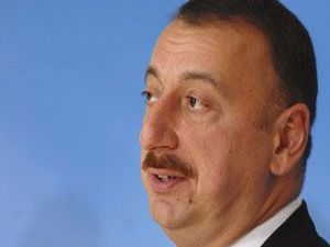 Azerbaycan silahları çekmeye hazır