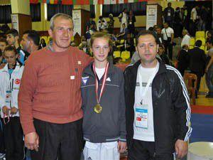 Meram sporda 3 madalya birden aldı