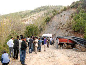 Kayan toprağın altında kalan işçi öldü