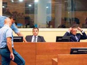 140 Müslüman yaktı, 30 yıl ceza aldılar