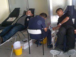 Polis Okulu öğrencilerinden kan bağışı