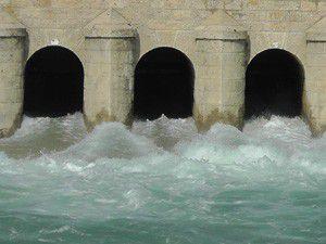 Beyşehir Gölünden Konya Ovasına su veriliyor