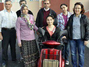 Engelli Mervenin akülü araç sevinci