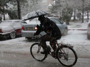 Kar Beyşehiri Esir Aldı