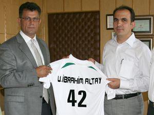 Sportif imkanlarımız Konyasporun hizmetindedir
