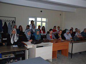 Sarayönünde kadınlara yönelik kuaför kursu açıldı