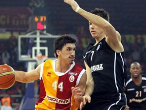 İlk raunt Galatasarayın
