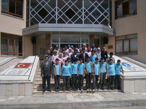Özel Gençlik öğrencileri okul ziyaretindeler