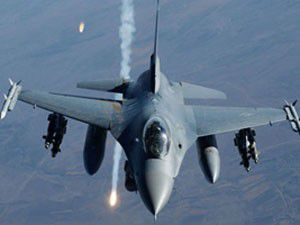 Savaş uçakları Hakurku bombaladı