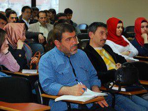 Araştırmacı-yazar Dr. Özönder seminer düzenledi
