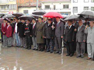 Beyşehirde etkinliklere yağış engeli