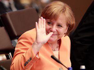 Merkelden Türk ekonomisine övgü
