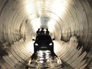 Su tüneli iki kıtayı birleştirdi