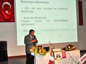 Türk-Macar ilişkileri konulu konferans düzenlendi