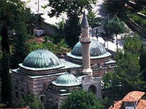 Sırplar yıktıkları camilerin parasını ödeyecek