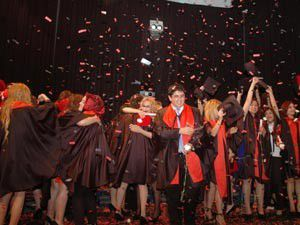 Mesleki Eğitimden coşkulu mezuniyet