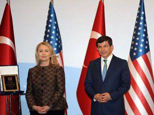 Davutoğlu ve Clinton ortak basın açıklaması yaptı