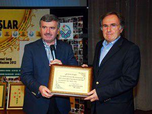 Altın Dokunuşlar Sergisi ünlüleri ağırladı