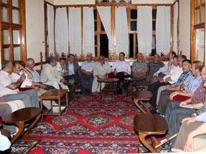 Başkan Altay mahalle muhtarlarıyla bir araya geldi
