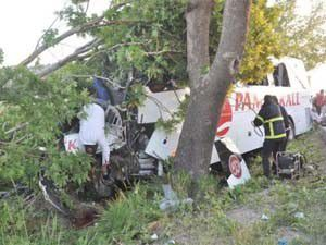 Kütahyada feci kaza 11 ölü, 34 yaralı