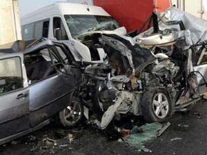 Ispartada trafik kazası: 11 yaralı