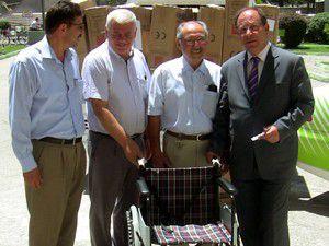 Ereğli Belediyesine 50 tekerlekli sandalye