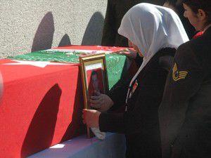 Şehit çavuş Ali Gümüş defnedildi